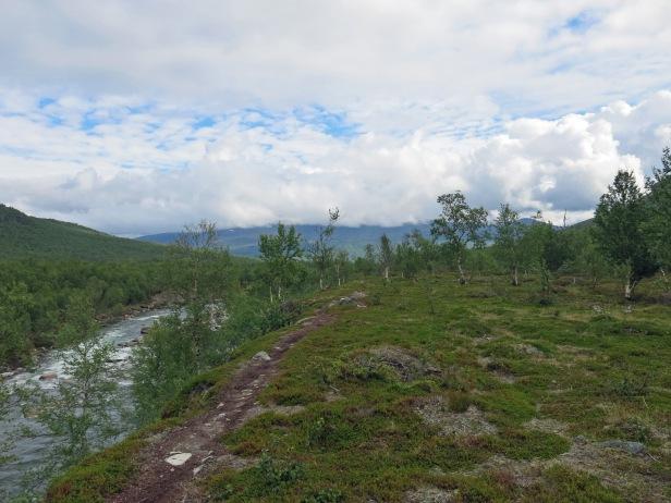 Moränenwandern entlang des Anjavasselva